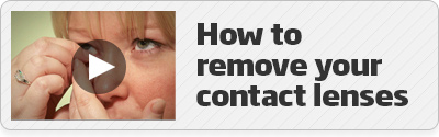 How to remove your contact lenses